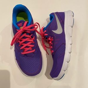 Nike Flex Womens